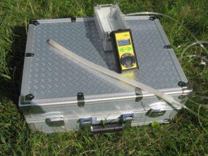 Radonmessgerät bei Bauplatzuntersuchung