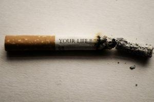 Geruch durch Lösemittel und Zigaretten